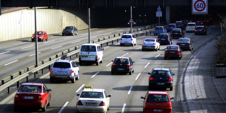 Piekielne błędy kierowców na autostradzie