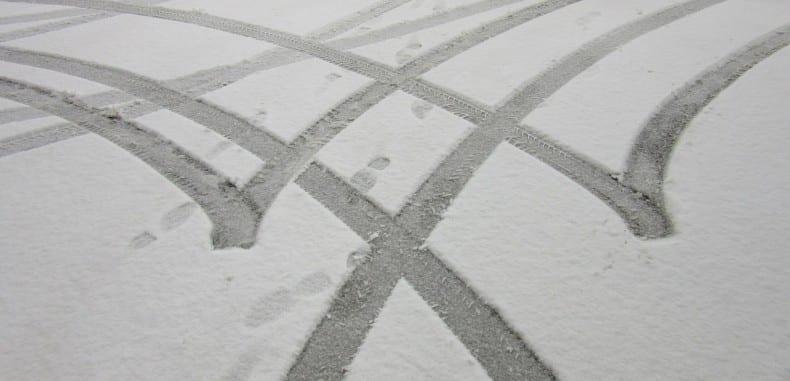 Opony specjalne: terenowe i błotno – śniegowe