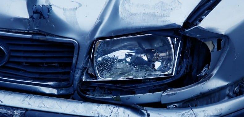 Czy warto naprawiać wrak samochodu?