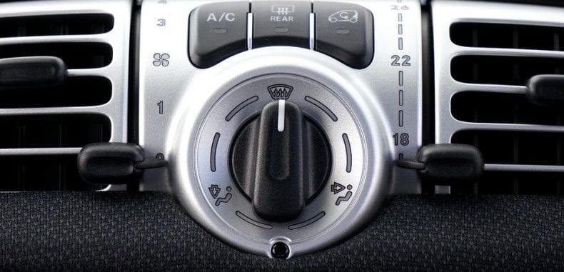 Filtr przeciwpyłkowy w samochodzie – kiedy go wymienić i dlaczego