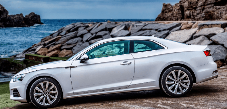 Jakie dodatki do wynajmu oferują wypożyczalnie samochodów?