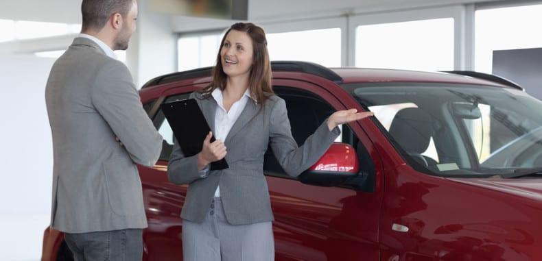 Dealer vs Klient – negocjacje przy kupnie nowego auta