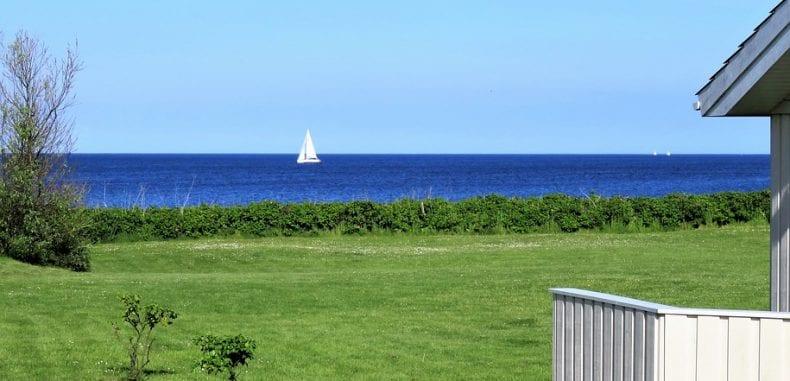 Hotel, domek czy apartament nad morzem? Co wybrać?