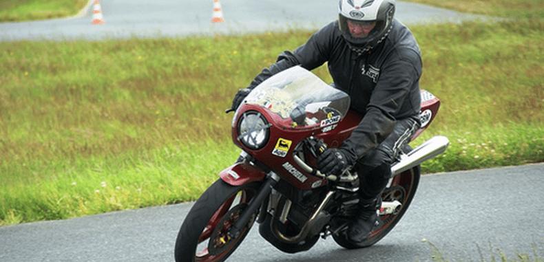 Kask nieodłącznym przyjacielem motocyklisty