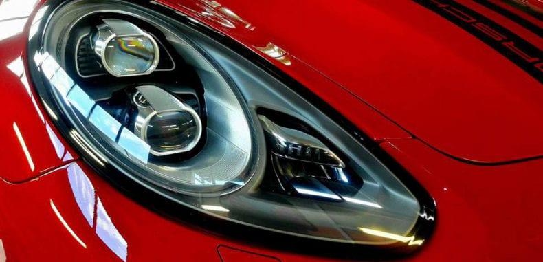 Jak dbać o lakier samochodu?