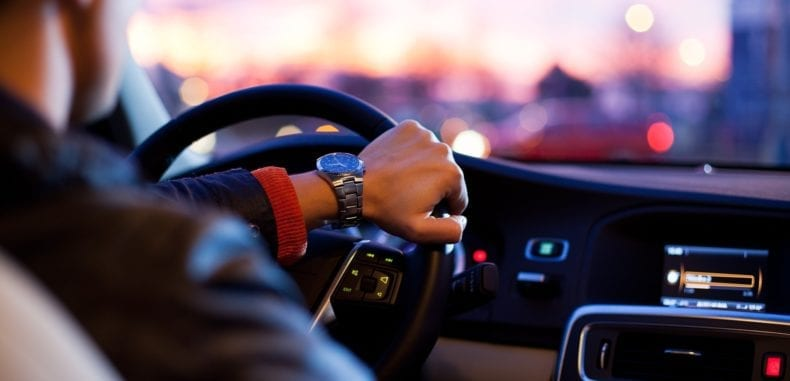 Używane auto dla firmy – jak wybrać i korzystnie sfinansować?