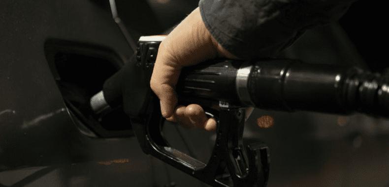 Kontrola zużycia paliwa w firmie – jakich narzędzi używać?