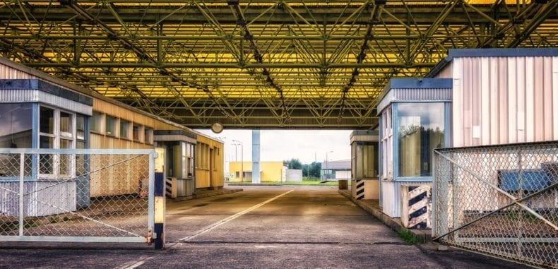 Spedycja drogowa – jak wygląda odprawa celna?