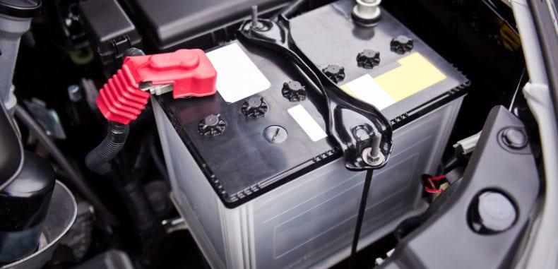 Od anody do katody, czyli jaki akumulator do samochodu?