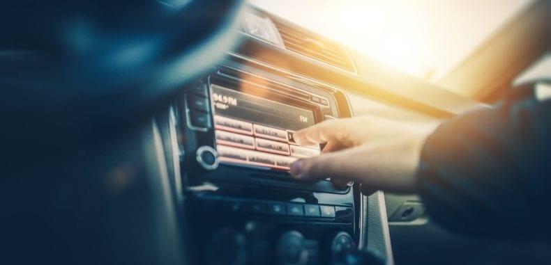 Sprzęt car audio – ciesz się muzyką w Twoim samochodzie