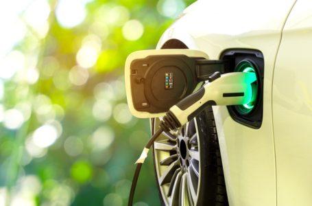 Samochód elektryczny – czy warto sprowadzić go z zagranicy