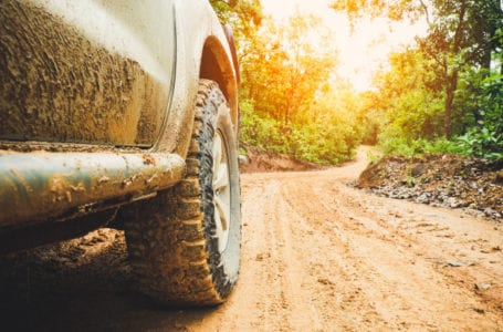Akcesoria do pojazdów terenowych – co warto posiadać?