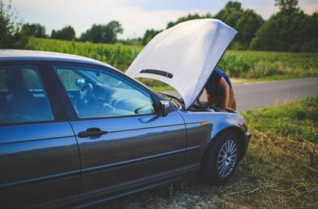 Co warto wiedzieć, zanim oddamy samochód na auto złom?