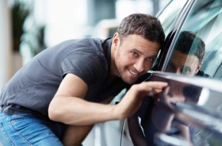 Jak zwiększyć szanse na sprzedaż samochodu?