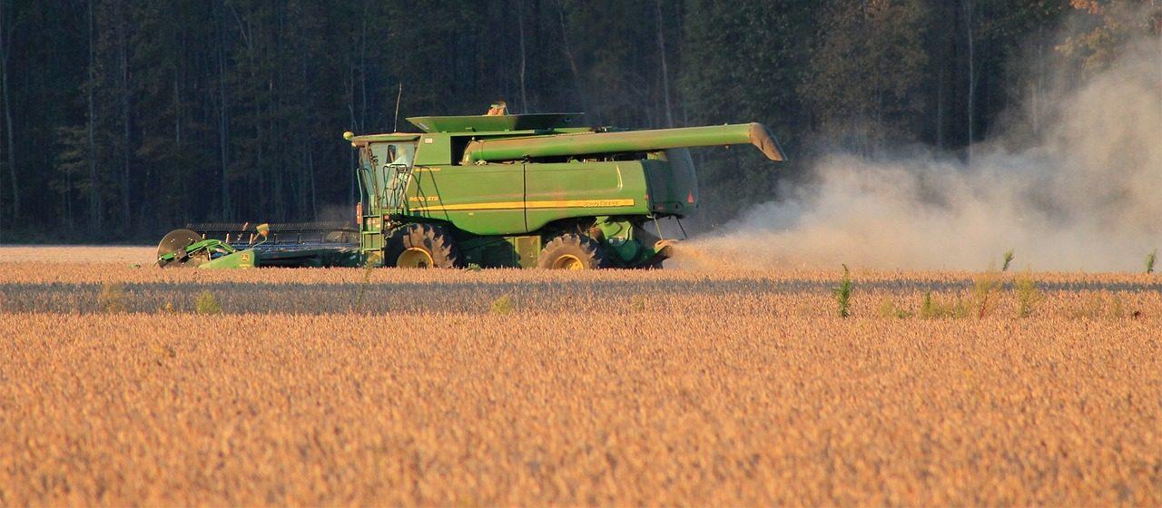 Serwis i konserwacja maszyn rolniczych. Gdzie i jak kupować części zamienne?