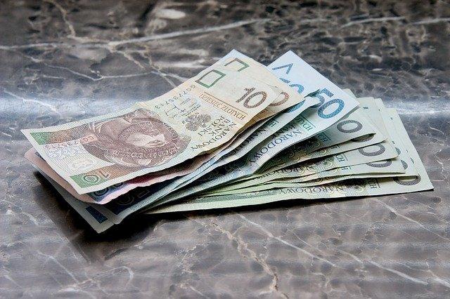 Odkup odszkodowania przez firmę odszkodowawczą - krok po kroku